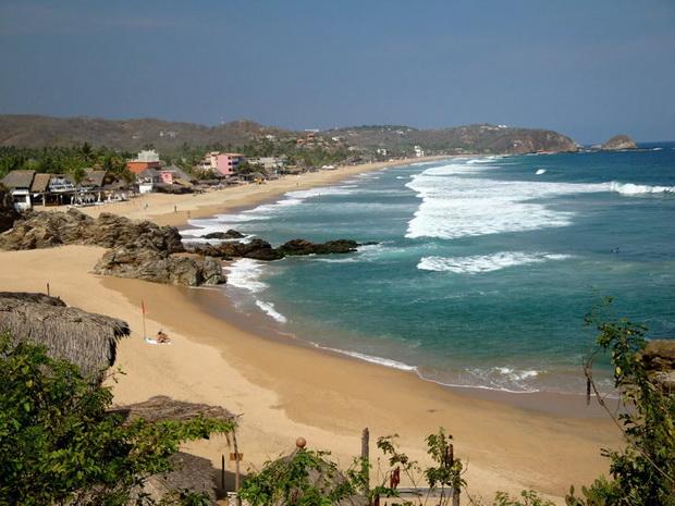 Названы самые опасные пляжи мира 9