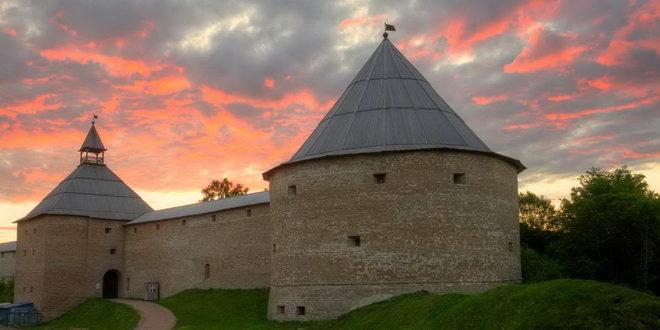 В Ленинградской области будут продвигать маршруты, связанные с Петром I 1