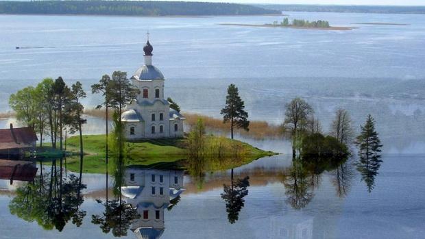Топ самых красивых озер России 4