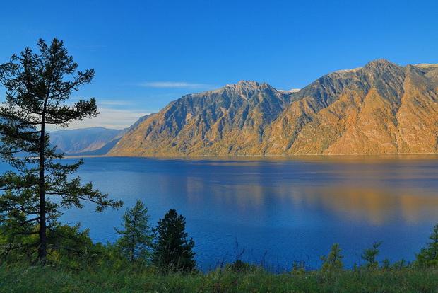 Топ самых красивых озер России 6