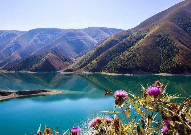 Топ самых красивых озер России 16