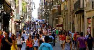 Как путешествовали туристы по зарубежным городам в 2019 году 19