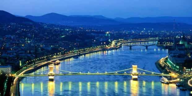 Венгрия меняет визового посредника