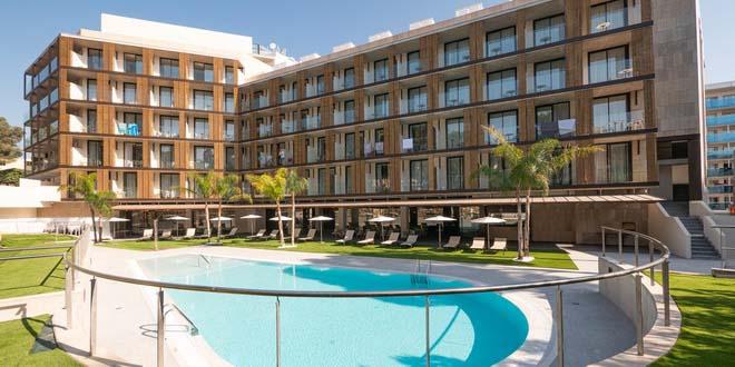На Коста Даурада открыта гостиница Golden Costa Salou