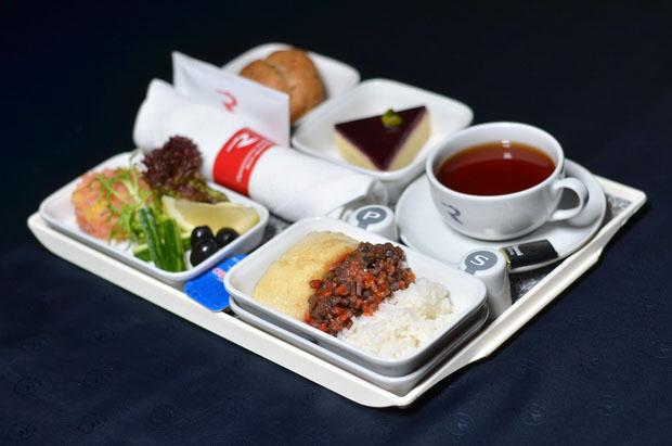 «Россия» обновила питание на рейсах из Санкт-Петербурга 5