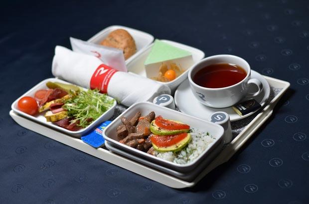 «Россия» обновила питание на рейсах из Санкт-Петербурга 13
