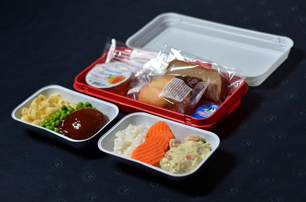 «Россия» обновила питание на рейсах из Санкт-Петербурга 19