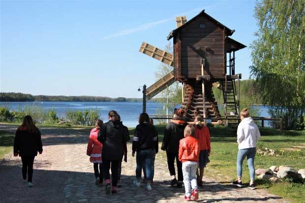 «Мостурфлот» и «АЛЕАН» отметят Международный день детей присоединением к благотворительной акции РСТ – Северо-Запад