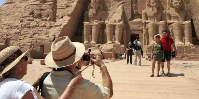Сколько россиян приедет в Египет, если туда поставят чартеры? 1