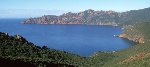 10 мест на побережье Корсики, которые нужно посетить - залив Жиролата