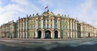 Туристский год в Санкт-Петербурге: единство и борьба противоположностей