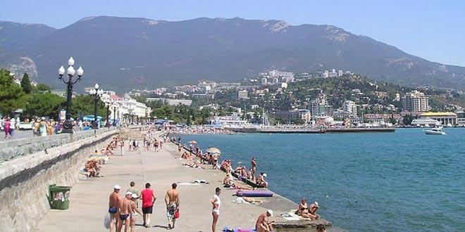 Крым за майские праздники принял более 175 тысяч туристов
