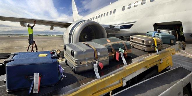Грузчики «Пулково» подозреваются в кражах из чемоданов пассажиров