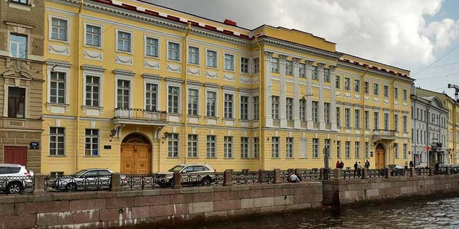 В Петербурге отреставрировали музей-квартиру Пушкина 1