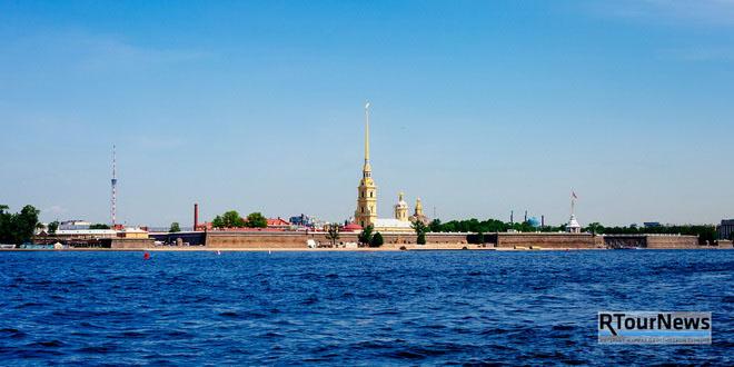Петропавловка возглавила рейтинг традиционных достопримечательностей Петербурга среди интуристов