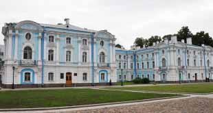 Комитет по туризму предупредил туроператоров Петербурга 14