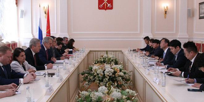 Петербург планирует открыть турофис в Сеуле