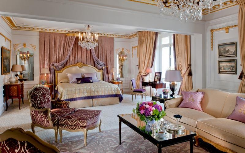 Королевский люкс в Hotel Plaza Athenee, Париж