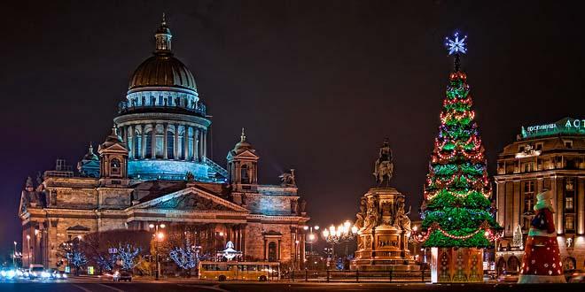Туры в Петербург на Новый год: спрос вырос, но туристы экономят на всем